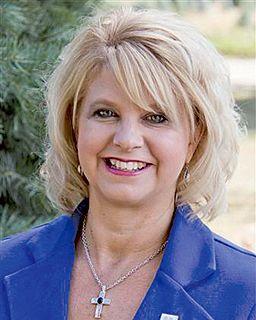 Stacy Alexander<br/>Coldwell Banker Roth Wehrly Gr