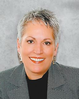 Lisa Johnson<br/>Coldwell Banker Roth Wehrly Graber