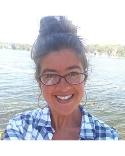 Amanda J Miller<br/>Lake Ontario Realty, LLC