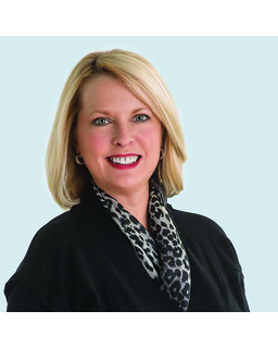 Holly L Harwell<br/>Real Estate Partners Chattanooga, LLC