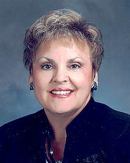 Joyce Swartz<br/>Coldwell Banker The Real Estate Group